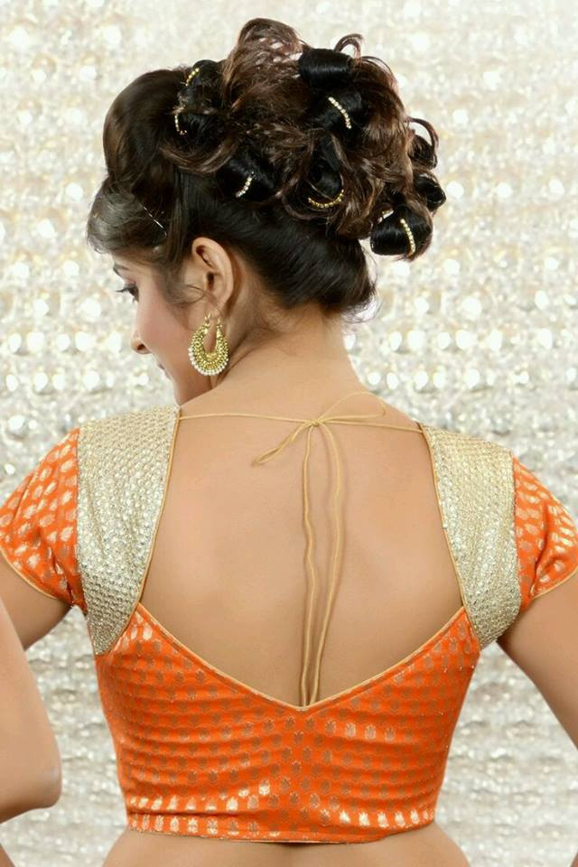 V-shaped blouse back neck design