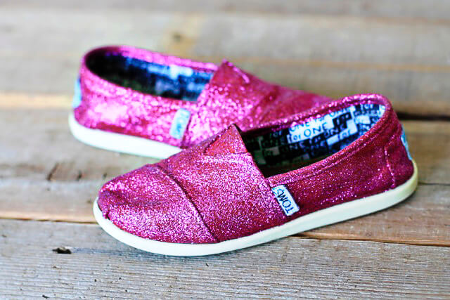 Glitter Toms DIY Glitter Fashion Trends To Try This Season